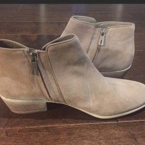 185242bc5b96 Sam Edelman Shoes - NWOT Sam Edelman Petty 2 Booties. Sz 11M